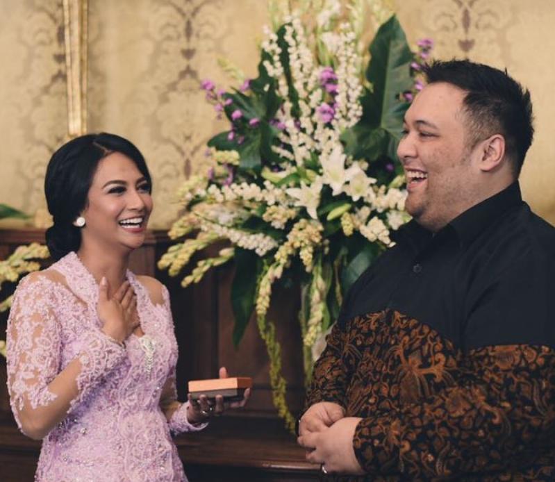 Foto Prewedding Vanessa Angel dan Mahardhika Soekarno - Prewedding Artis  2016 5