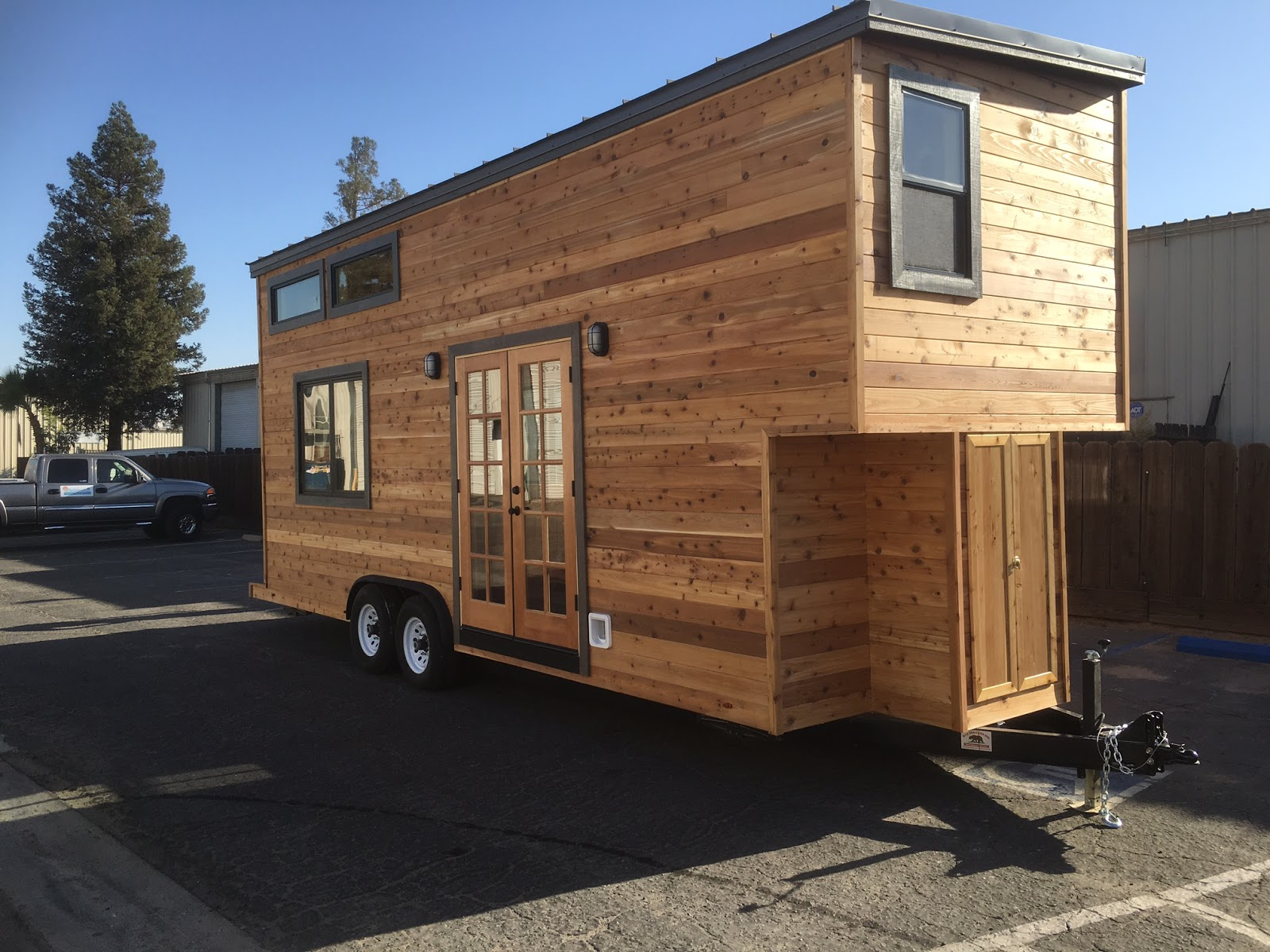 California Tiny House 3 TINY HOUSE TOWN
