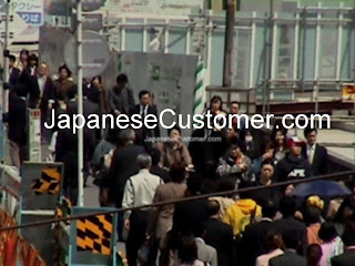 Japanese customers copyright peter hanami 2010