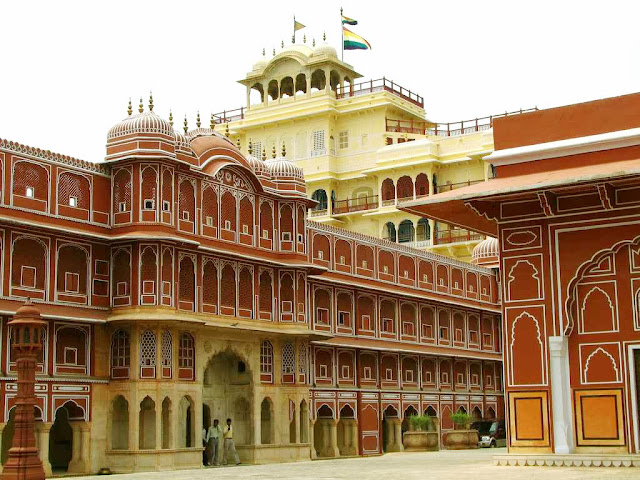 In view of jaipur hawamahal inside look wallpapers and images