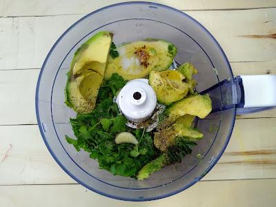 Ensalada de garbanzos y guacamole la cocinera novata cilantro aguacate tomates cherry receta cocina gastronomia light bajo en calorias saludable vegano vegetariano vida sana