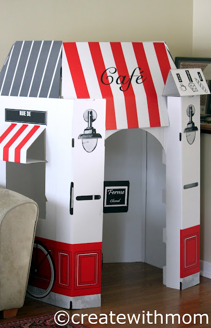 French café playhouse