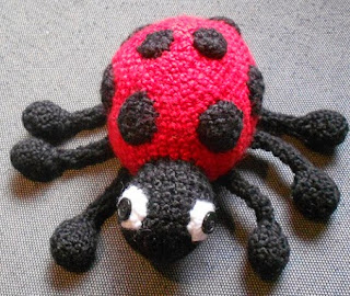 https://translate.googleusercontent.com/translate_c?depth=1&hl=es&rurl=translate.google.es&sl=en&tl=es&u=https://strangenessisconserved.wordpress.com/2013/07/09/ladybug-amigurumi-pattern/&usg=ALkJrhgVlkgmaWq7nkOEu3J2IKTkdBLxGA