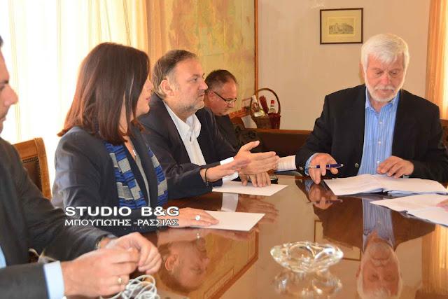 Υπεγράφει η προγραμματική σύμβαση για την λειτουργία του Κέντρου Κοινότητας στο Ναύπλιο