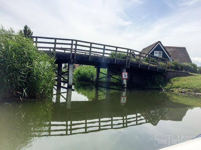 Brücke im Makkum Beach Resort
