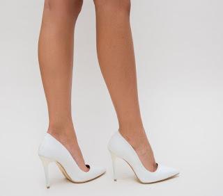 Pantofi eleganti cu toc albi din gliter de evenimente speciale