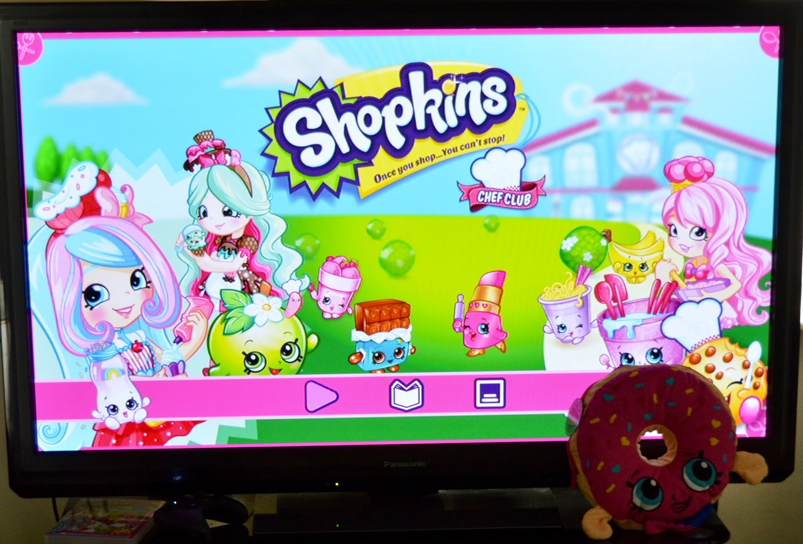 How to host an AWESOME Shopkins Movie Party #ShopkinsChefClub. Shopkins Chef Club Review - Movie