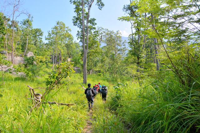 Aural 3809 Có một Campuchia rất khác, hành trình trekking leo đỉnh núi cao nhất Campuchia