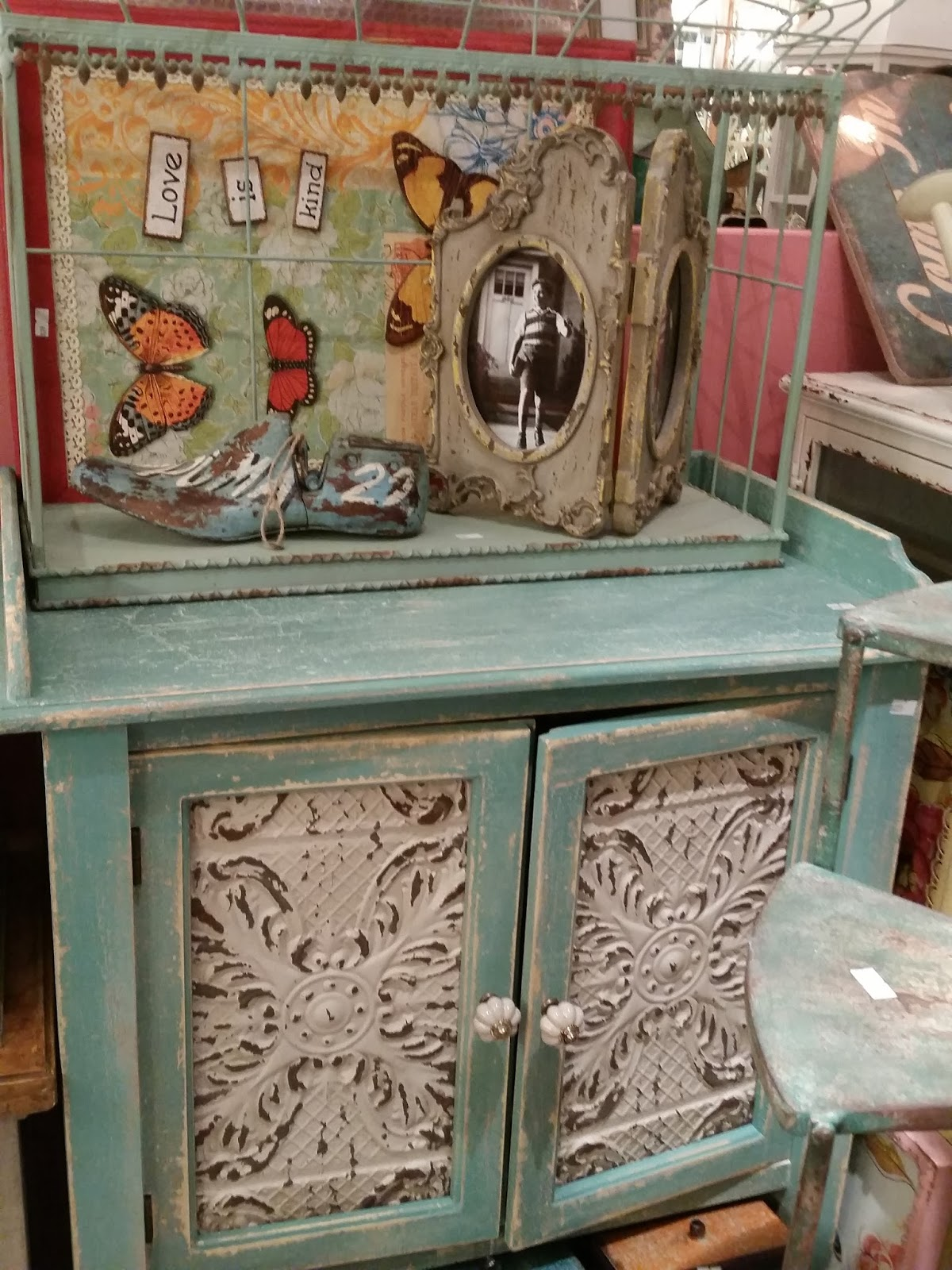 hanging chair kuwait 3 piece slipcover creative design center shuwaikh life in