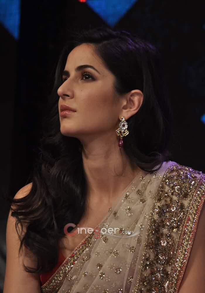 Katrina Kaif Anushka Sharma And Shahrukh Khan At India S Got Talent Show Neeshu Com