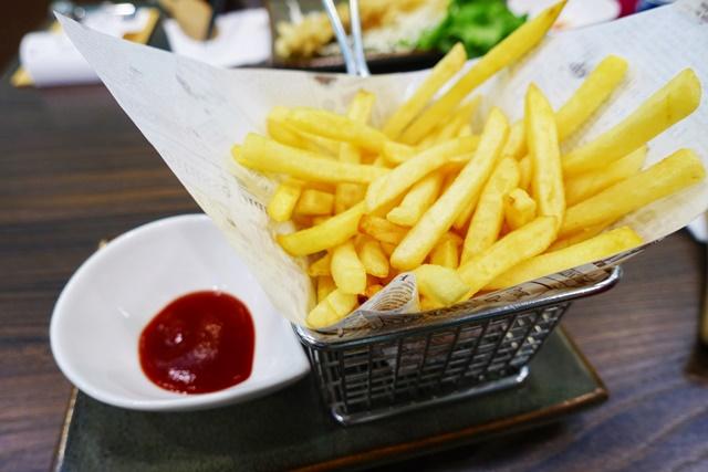 湯匙行青創蔬食~新莊素食