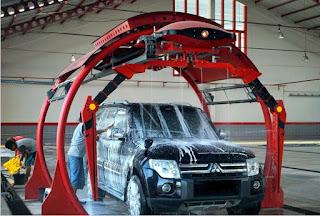 menjamurnya jasa cuci mobil akibat semakin banyaknya pemilik mobil yang berseliweran di j Cuci Mobil Robotik, Baguskah ?