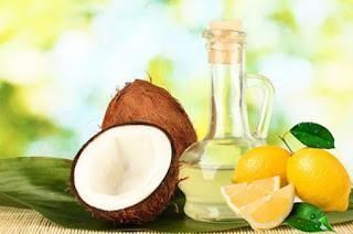 Cách điều trị rụng tóc sau khi sinh hiệu quả bằng dầu dừa
