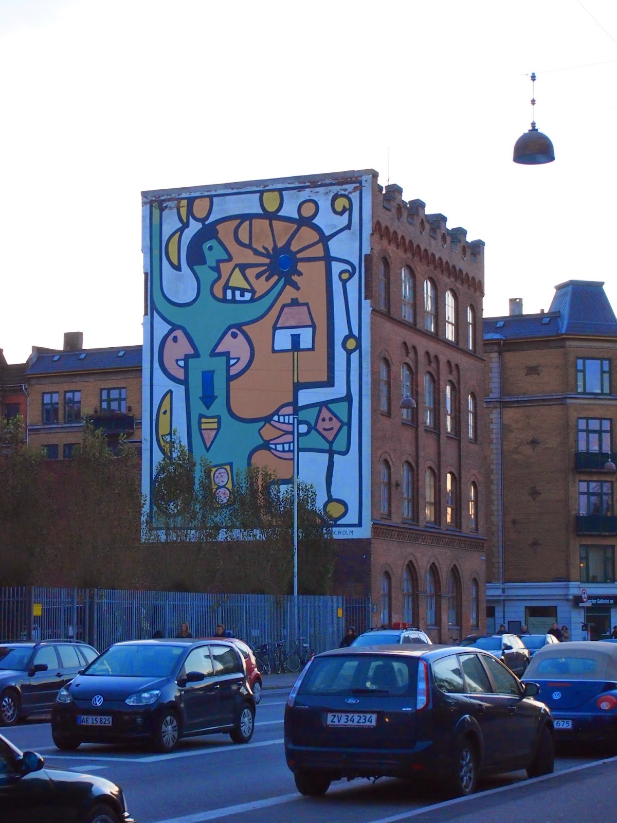 faces and shapes mural in copenhagen