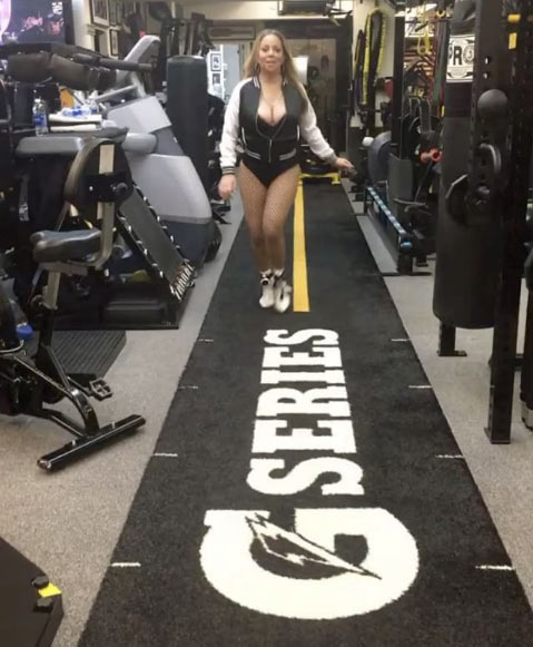 Mariah Carey hits the gym in sexy style