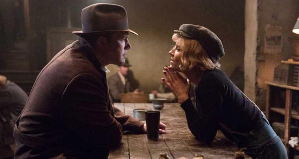 Ben Affleck y Sienna Miller en Vivir de Noche