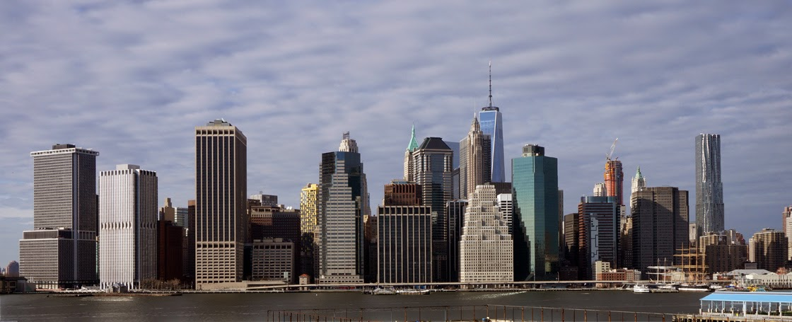 View of Manhattan Skyline from Brooklyn Heights Promenade