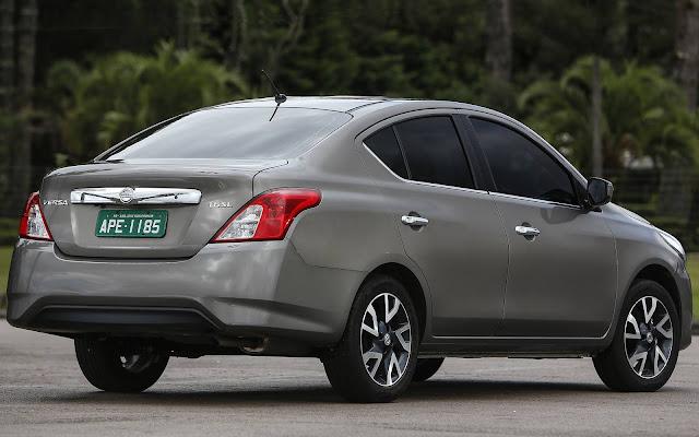 Novo Nissan Versa 2017 Automático CVT