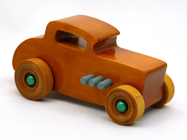 Right Front - Wooden Toy Car - Hot Rod Freaky Ford - 32 Deuce Coupe - Pine - Amber Shellac - Metallic Green - Gray