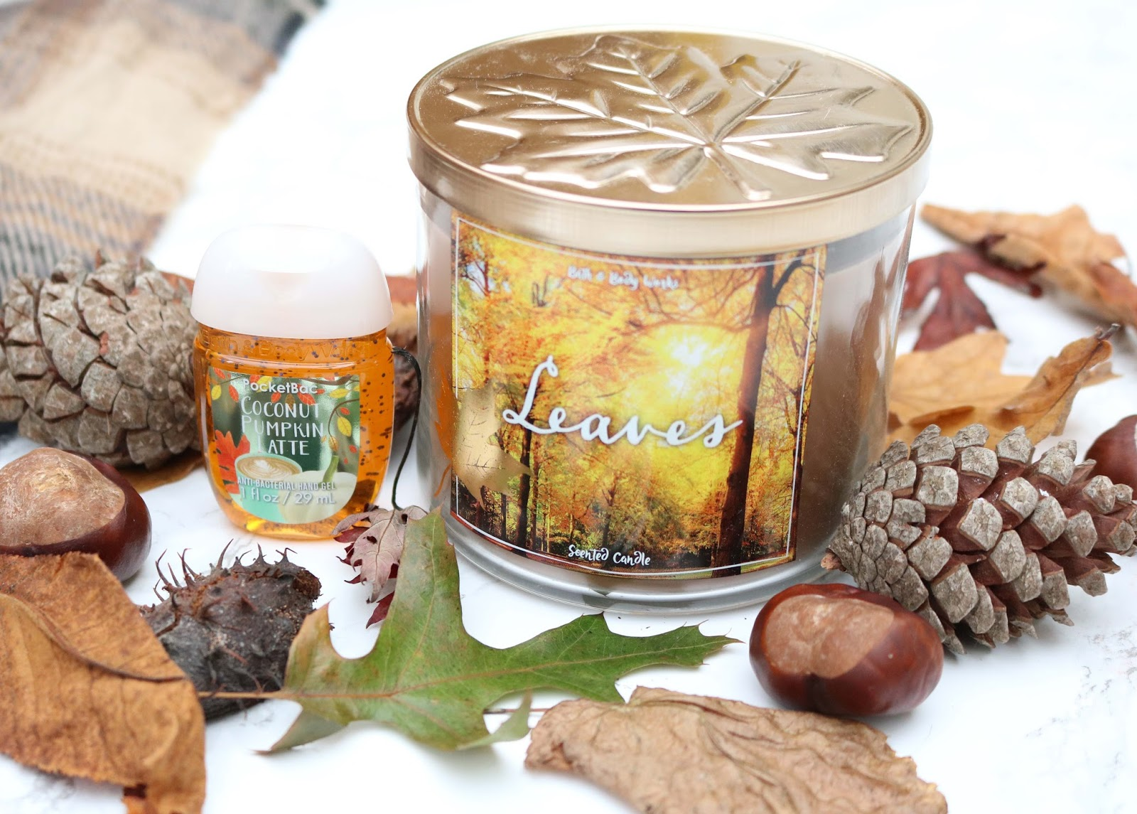 2 years, giveaway, blogiversary, celebrate, bathandbodyworks, candle, lifestyle, autumn, october,