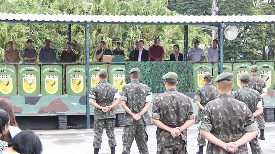 Tiro de Guerra de Espírito Santo do Pinhal comemora 'Dia do Soldado'