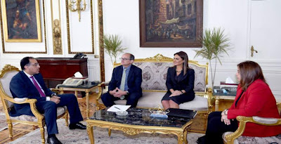 رئيس الوزراء يلتقى بعثة البنك الدولى