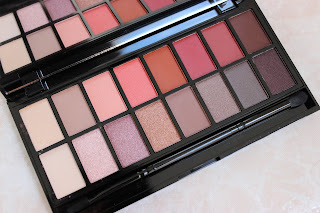 Makeup Revolution New-Trals vs Neutrals Palette