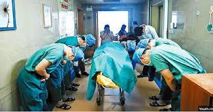 Bekerja 18 Jam Tanpa Henti, Dokter Ini Meninggal di Rumah Sakit  Tiongkok - Salah satu pekerjaan mulia di dunia ini adalah sebagai se