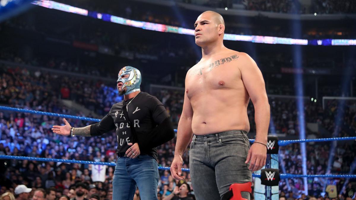 Cain Velasquez pretende continuar no pro-wrestling