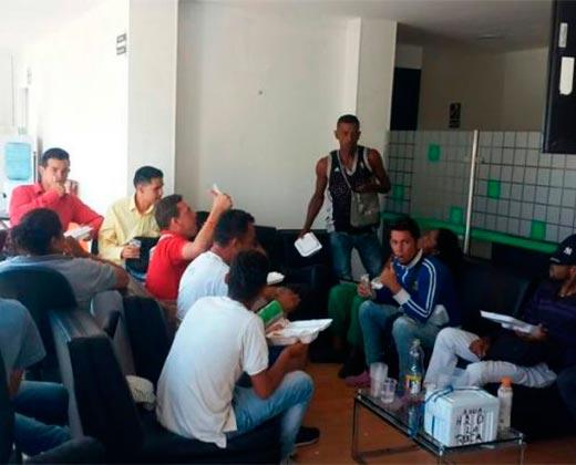 ¡Y SEGUIRÁN BUSCANDO MÁS! Deportan 25 venezolanos que laboraban de manera ilegal en Santa Marta