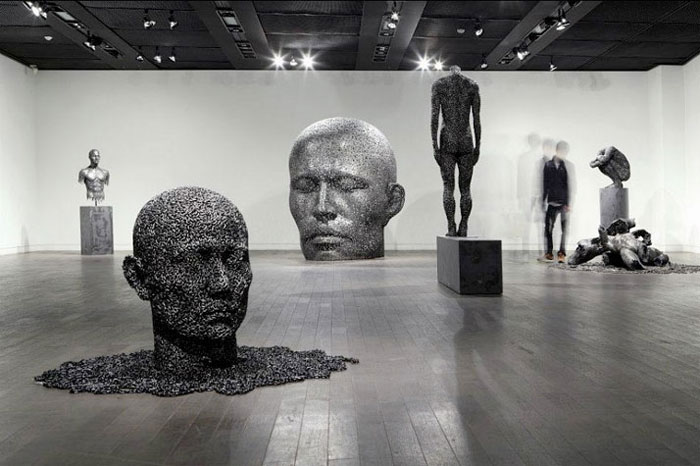 Young-Deok Seo. Chain Sculptures