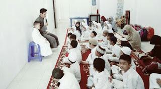 Kisah Guru dan Muridnya yang Penuh Pelajaran