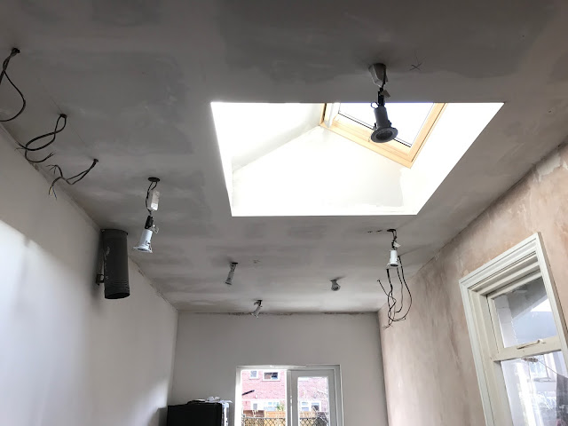 can you paint straight onto plasterboard on a ceiling?