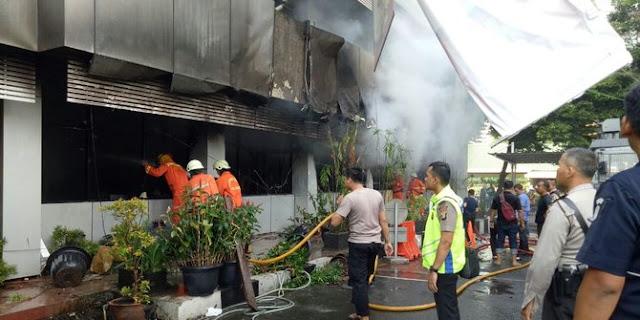 Ruangan di Gedung Polda Terbakar