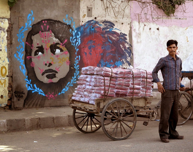 Colombian Street Artist Stinkfish Visits India Where He Dropped Several new Pieces. 3