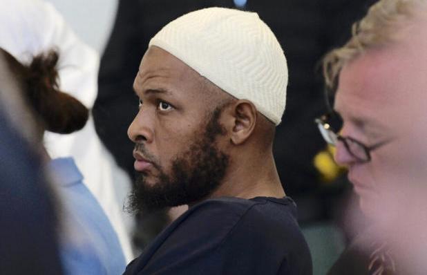 Μια Δικαστής στις ΗΠΑ, άφησε ελεύθερους, φερόμενους ως ΤΖΙΧΑΝΤΙΣΤΕΣ, για να μην την πουν ρατσίστρια