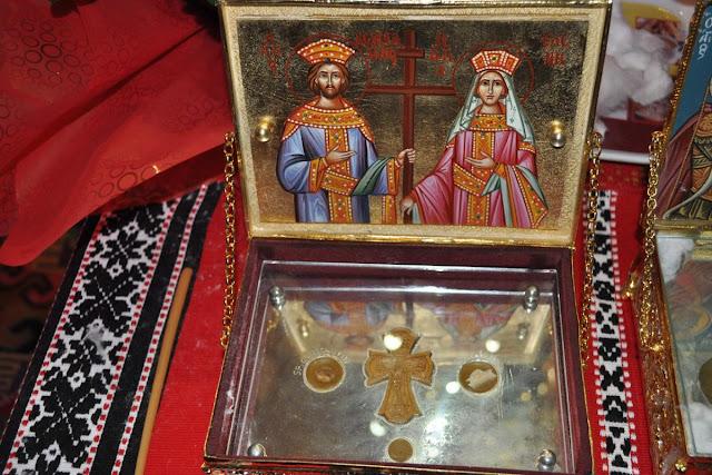 Το ιερό σκήνωμα της Αγίας Ελένης (8) https://leipsanothiki.blogspot.be/
