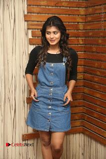 Actress Hebah Patel Stills at Nanna Nenu Naa Boyfriends Movie Interview  0007.JPG