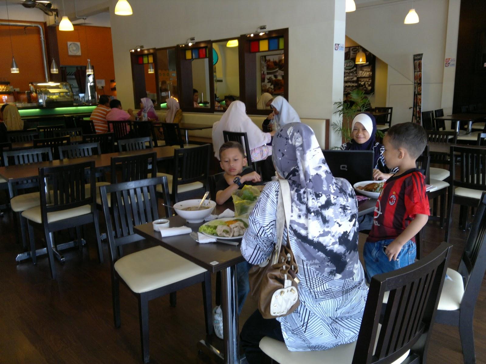 restoran yati ayam percik siapa Resepi Ayam Bakar Nasi Kerabu Kelantan Enak dan Mudah