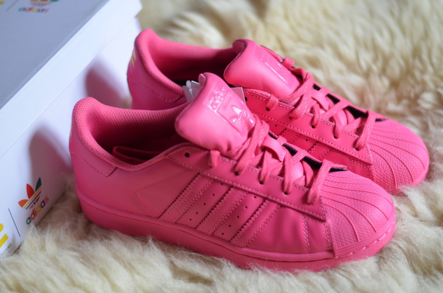 NEW IN : ADIDAS x PHARRELL WILLIAMS 'SUPERSTAR SUPERCOLOR' semi solar pink