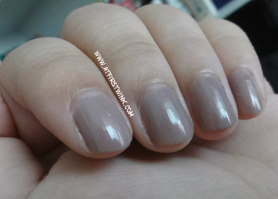 Etude house nail polish BR307 nail swatches