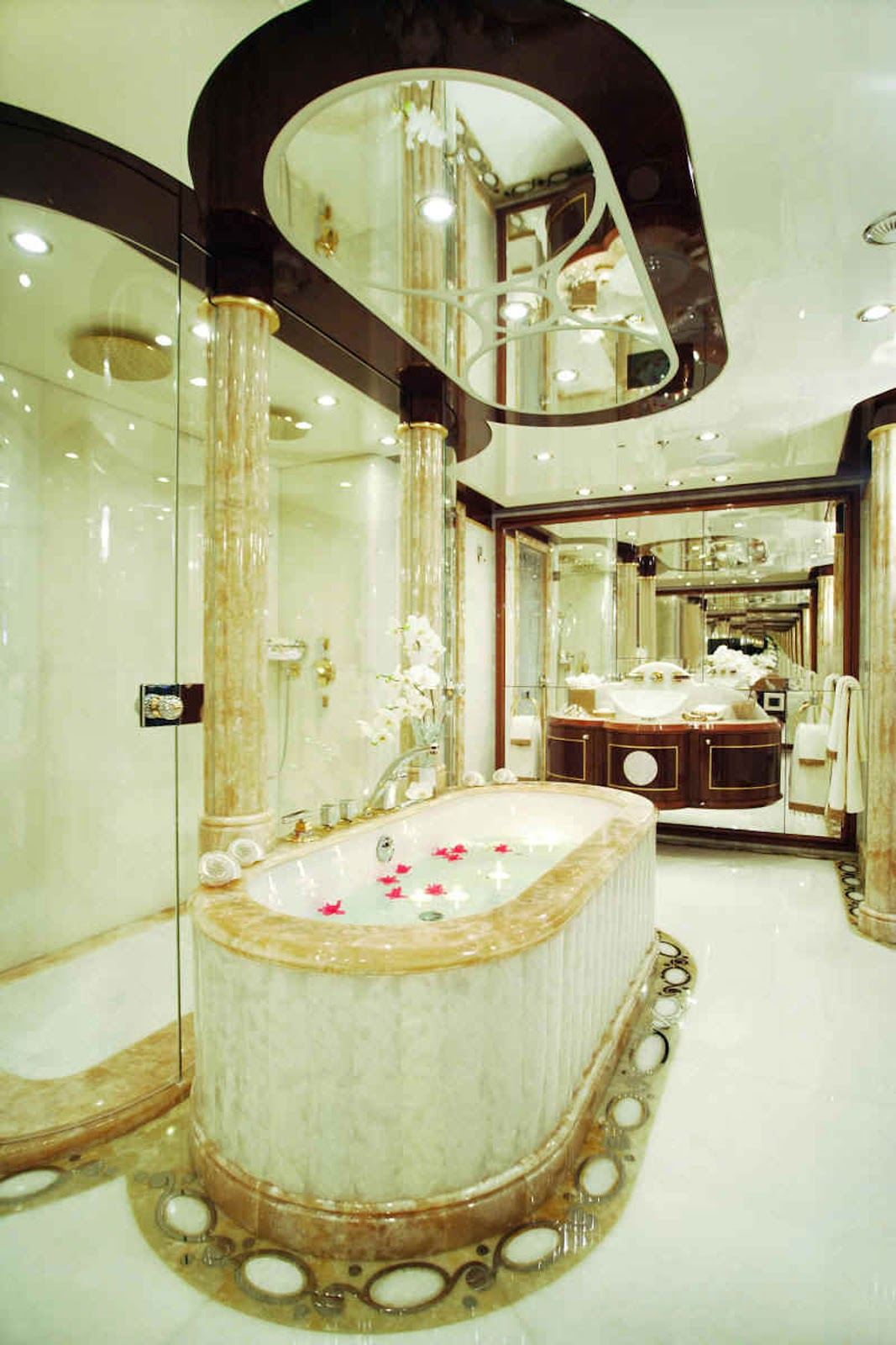 Passion For Luxury : Diamonds are for ever By Benetti yachts