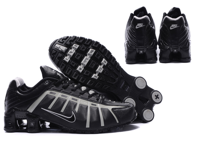 super popular 71b2a 8ab5d Nike Shox NZ Mens Shoe Black Gold Nice Online