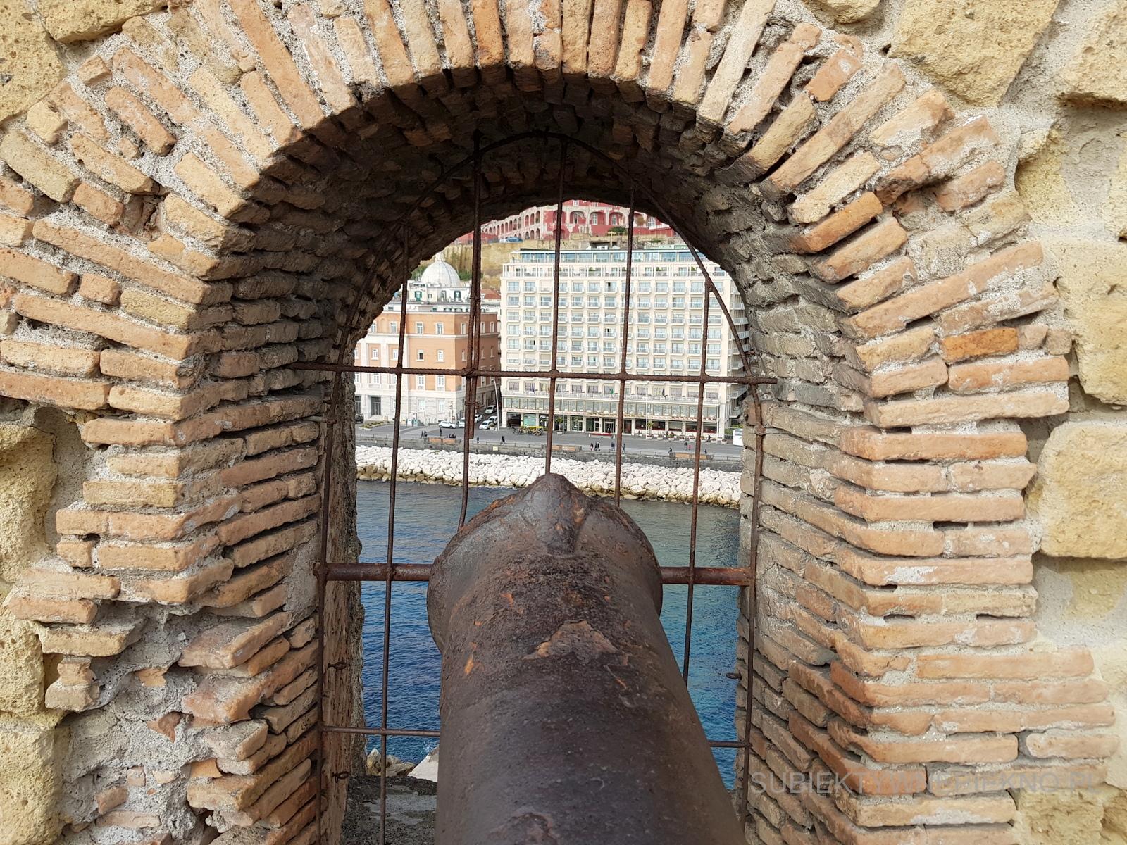 Neapol Włochy Zamek Jajeczny. Czy warto odwiedzić Castel dell'Ovo