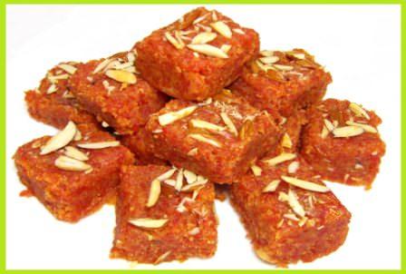 गाजर की बर्फी बनाने की विधि | Gajar Barfi Recipe in Hindi