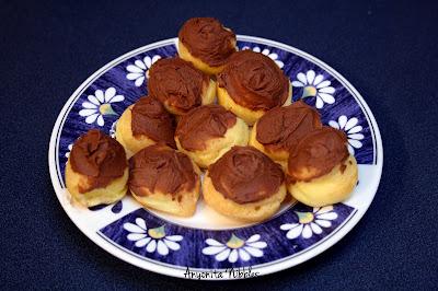 Choux a la Creme from www.anyonita-nibbles.com