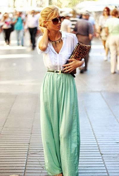 street style: loose mint pants with animal print bag