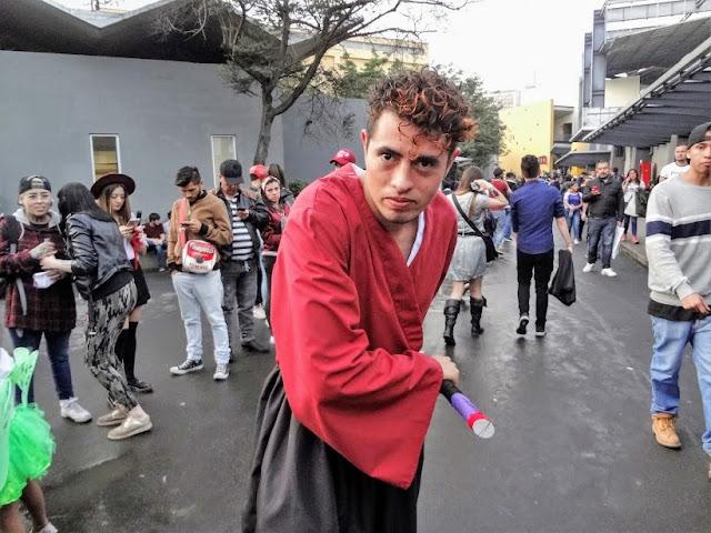 コロンビアのコスプレイケメン画像