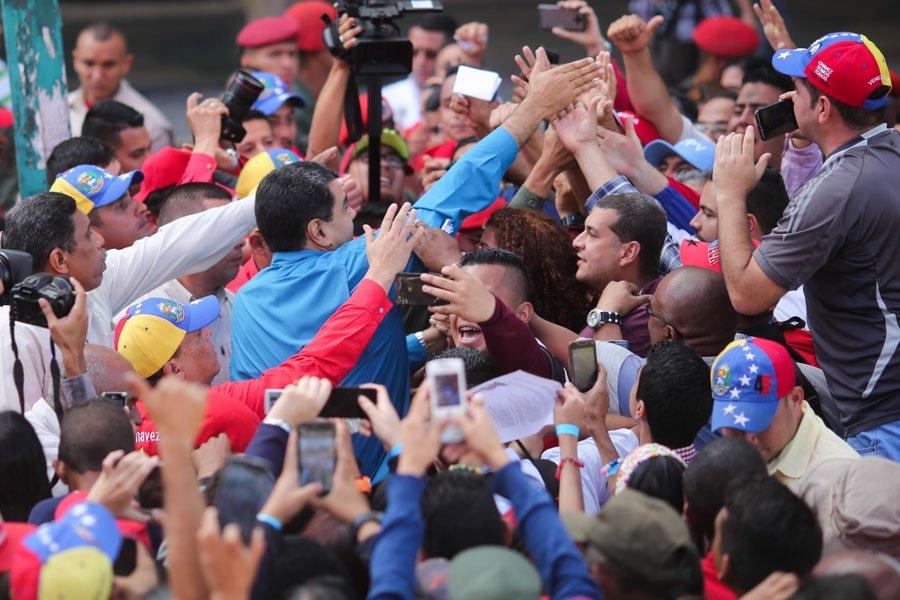 Maduro fue electo tras la muerte de Hugo Chávez con menos de 1% de diferencia / TWITTER