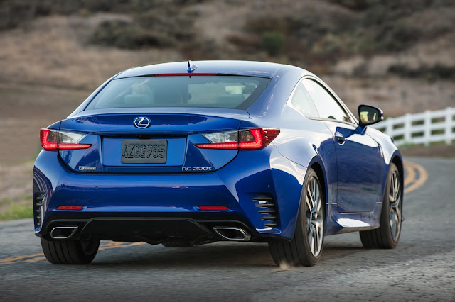 Rear 3/4 view of 2016 Lexus RC200t